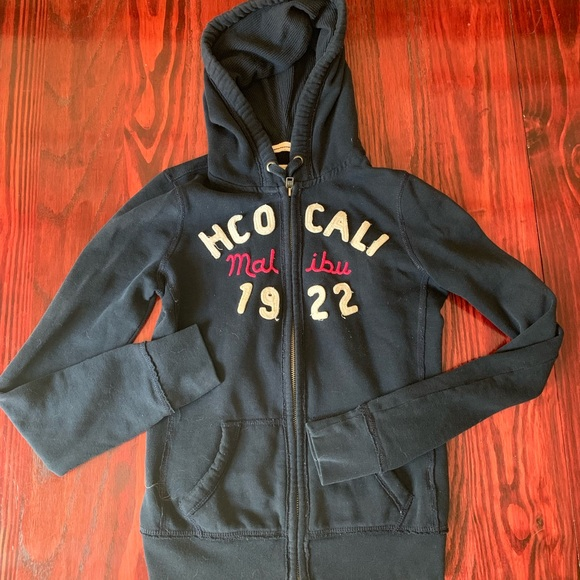 Hollister Jackets & Blazers - Hollister size Small zip up hoodie